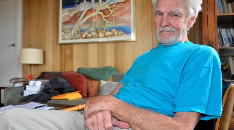 'Oldest outlaw' gets gong