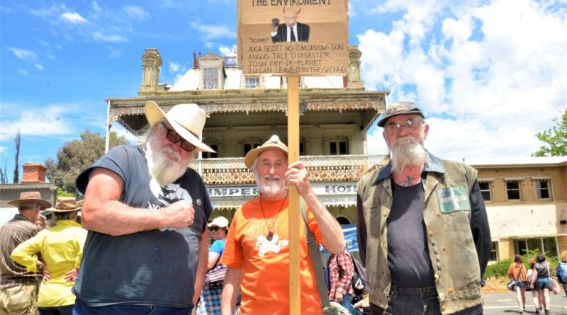 Castlemaine joins climate rallies